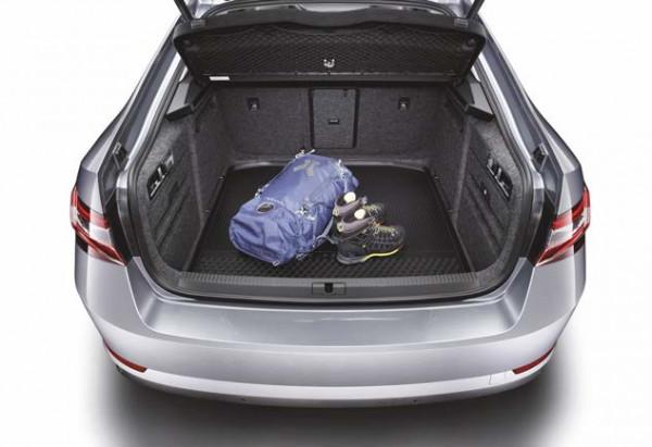 Kofferraummatte aus Kunststoff